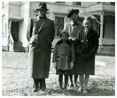 Familjefoto på Helmis svenska familj